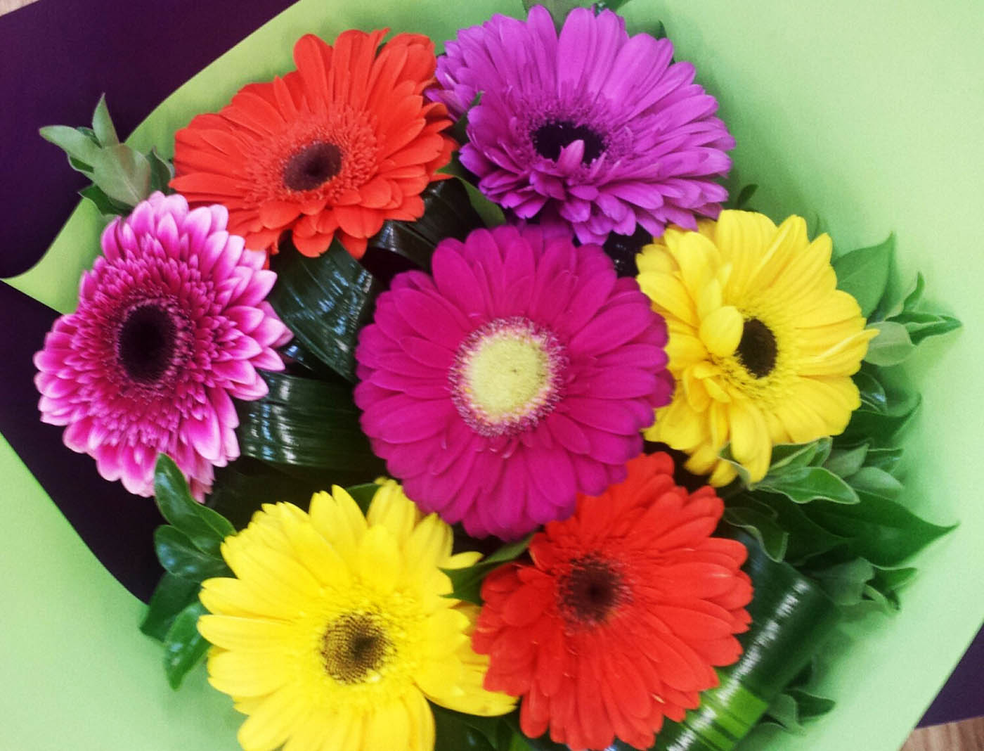gerbera bouquet bouquets adelaide hills delivery. Black Bedroom Furniture Sets. Home Design Ideas