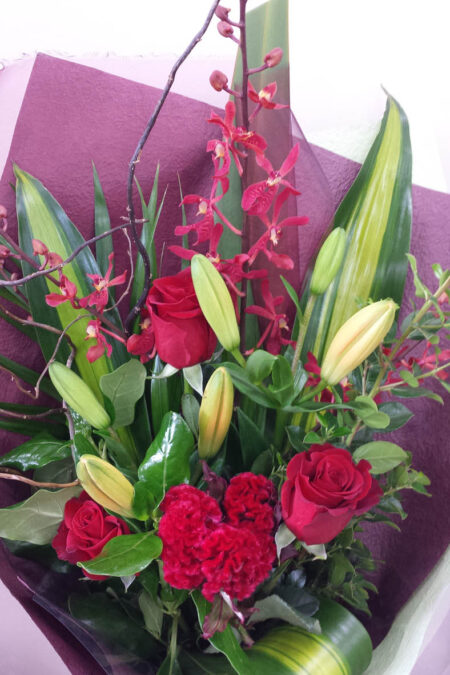 Modern Hand-tied Bouquet