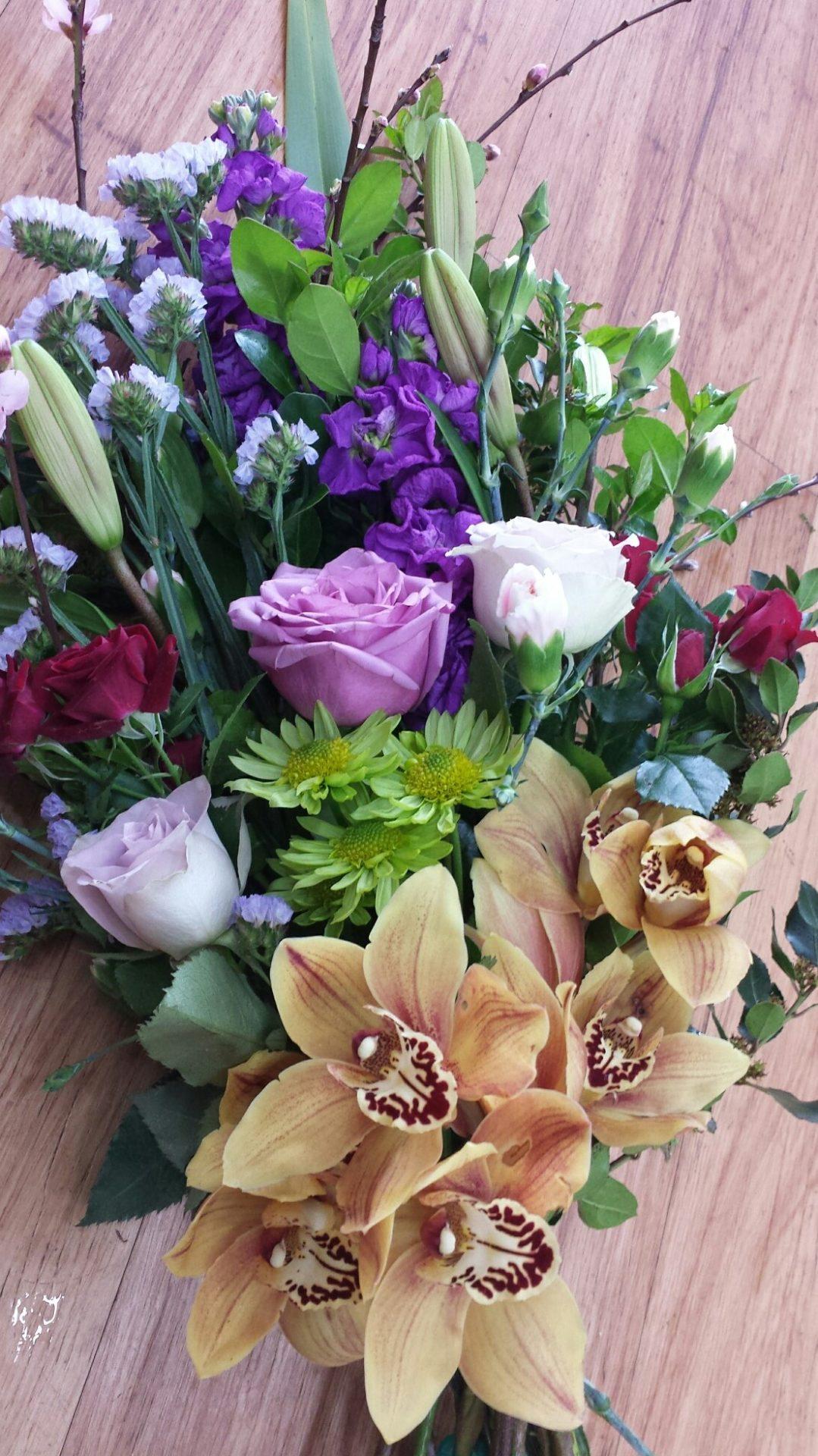 Seasonal flower wrap