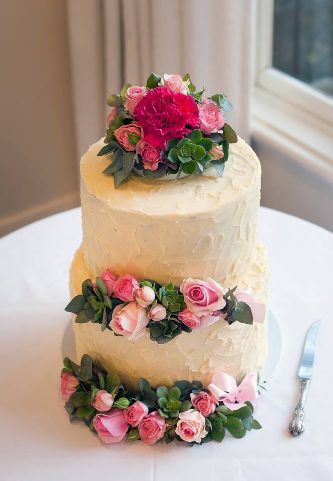 Rose And Succulent Cake Flowers
