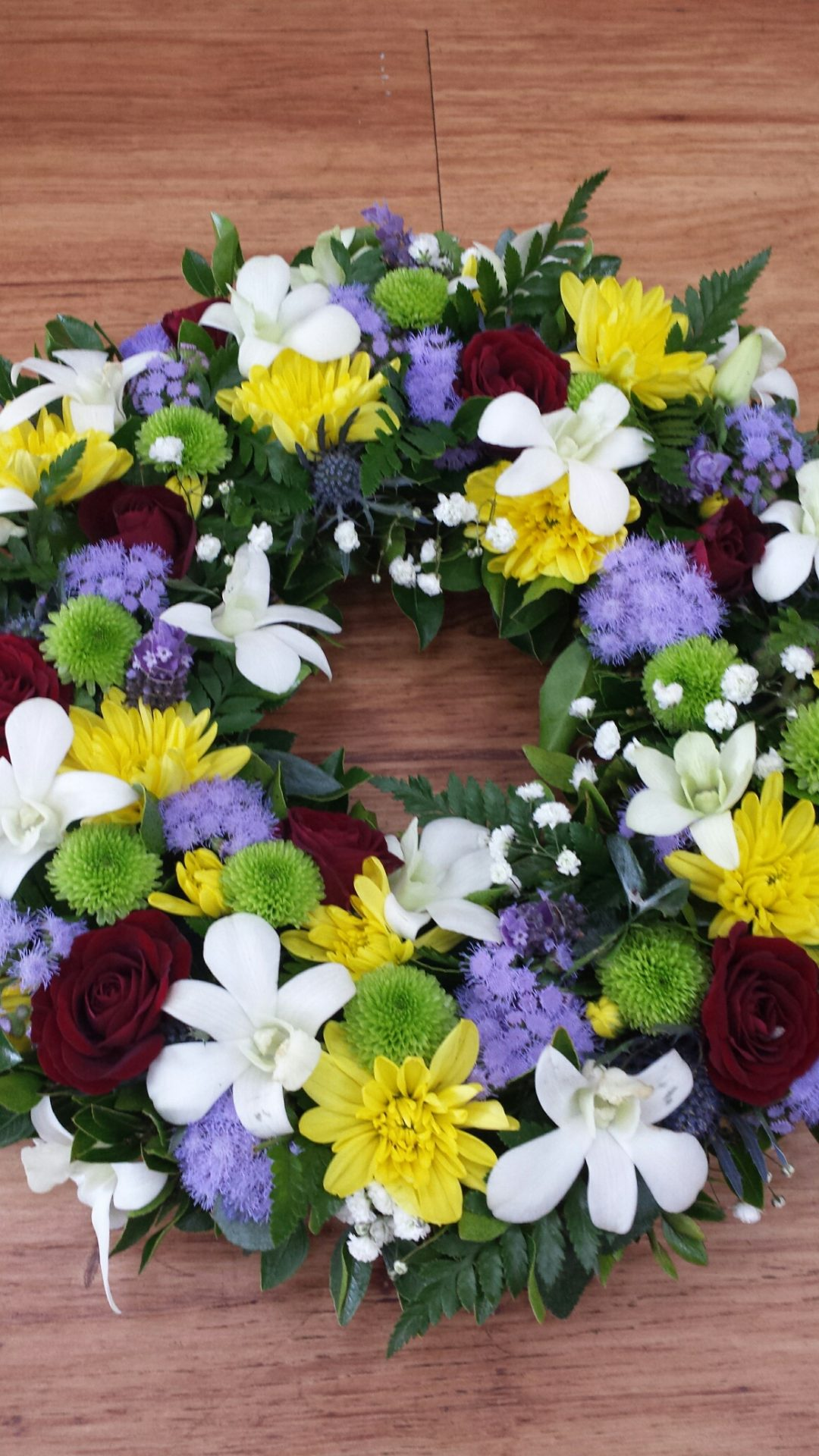 Funeral flowers adelaide hills delivery mixed flower wreath izmirmasajfo Image collections