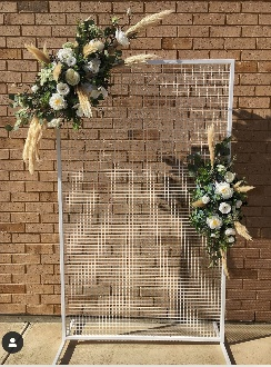Natural Pampas grass decorative screen arrangements